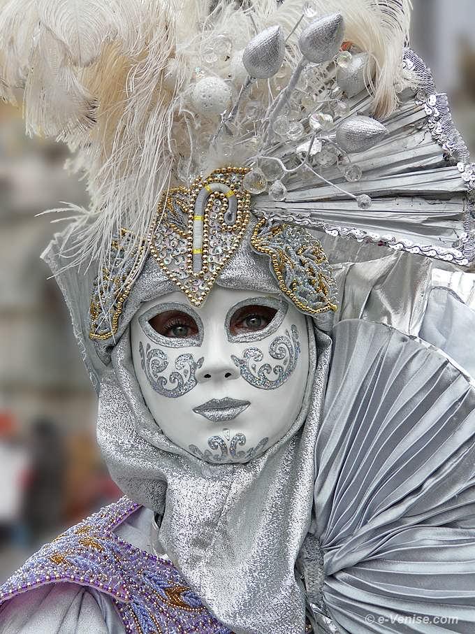 CARNAVAL DE VENISE. dans LES MASQUES. carnaval_de_venise_nobles_327