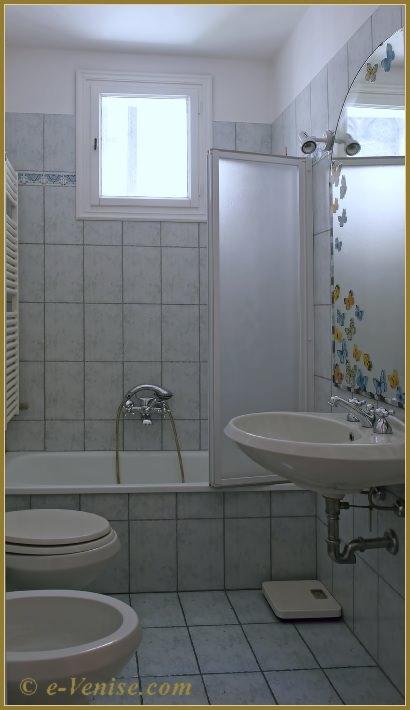 location venise appartement duplex san rocco frari san polo pour 3 personnes e. Black Bedroom Furniture Sets. Home Design Ideas