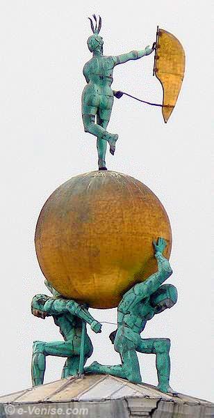 La fortune et les Atlantes de bronze de la Dogana da Mar