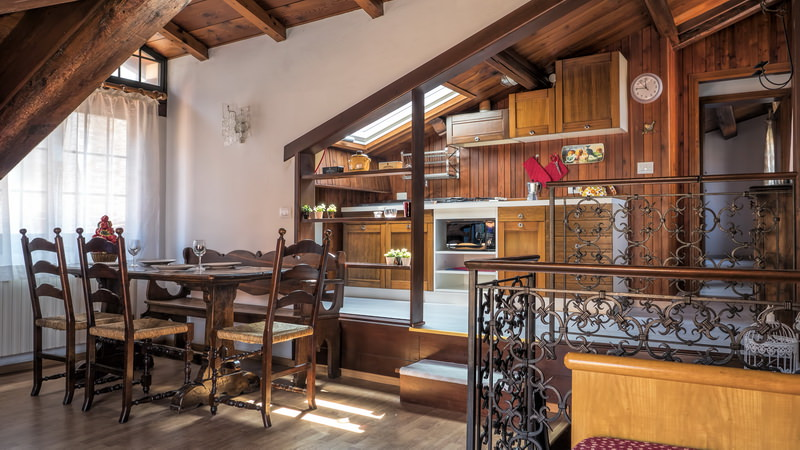 location appartement venise dorsoduro rezzonico terrazzina 4 personnes e. Black Bedroom Furniture Sets. Home Design Ideas